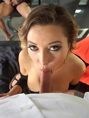 Bubble Butt Anna Polina...